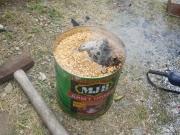 籾殻で炭化